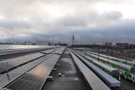 VR Groupin varikon aurinkovoimalassa 2264 paneelia